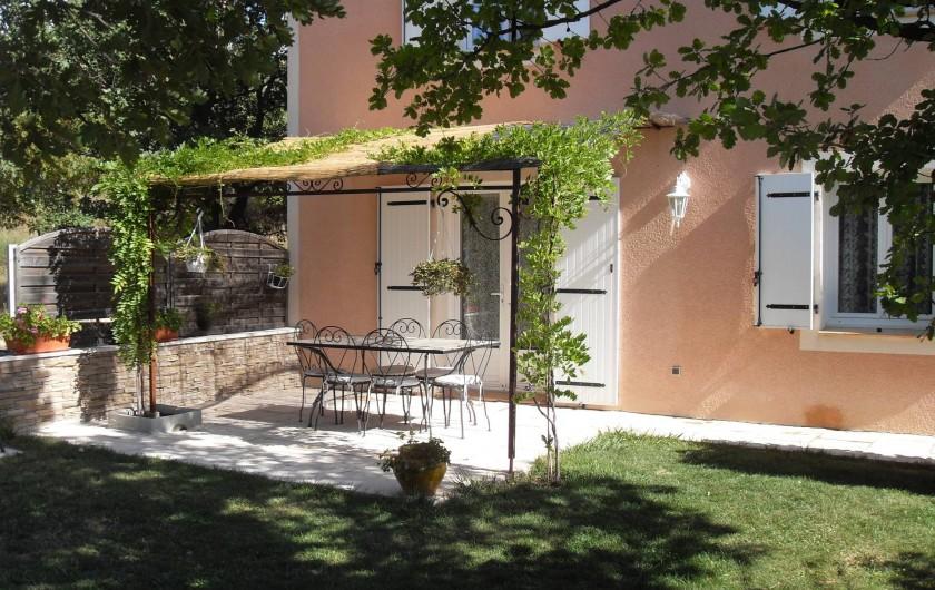 Location de vacances - Gîte à Moustiers-Sainte-Marie - terrasse