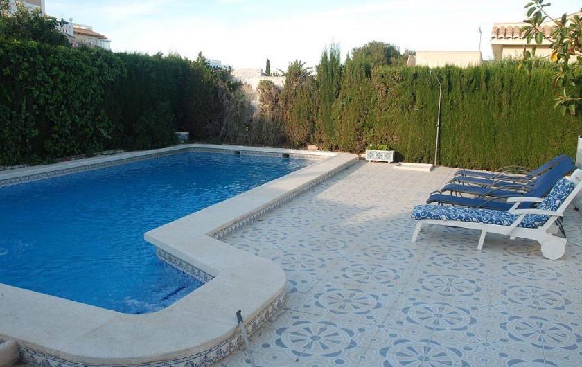 Location de vacances - Villa à La Zenia - piscine privée