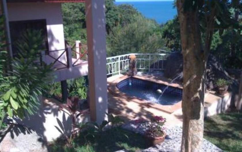Location de vacances - Villa à Ko Samui - Terrasse face à la piscine