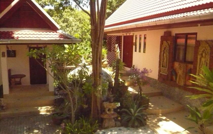 Location de vacances - Villa à Ko Samui - Deux modules organisés autour des rochers