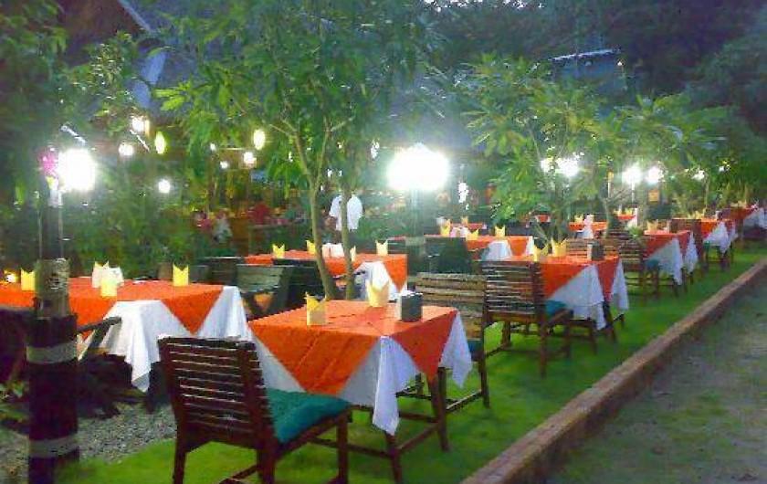 Location de vacances - Villa à Ko Samui - Un des restaurants de proximité, dégustation de plats typiques