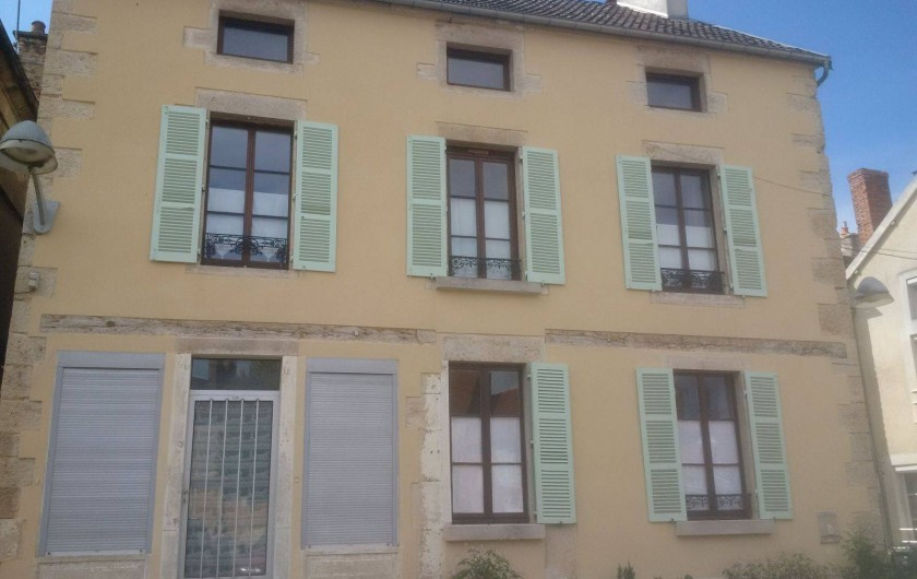 Location de vacances - Appartement à Laignes - Côté place