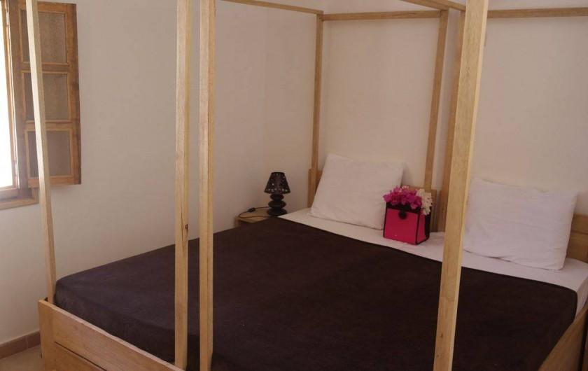 Location de vacances - Villa à Somone - Chambre N°1, lit double, pouvant être séparé en deux lits simples
