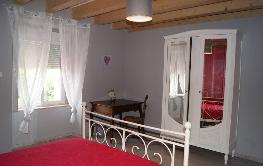 Location de vacances - Appartement à Barretaine - Chambre double rose
