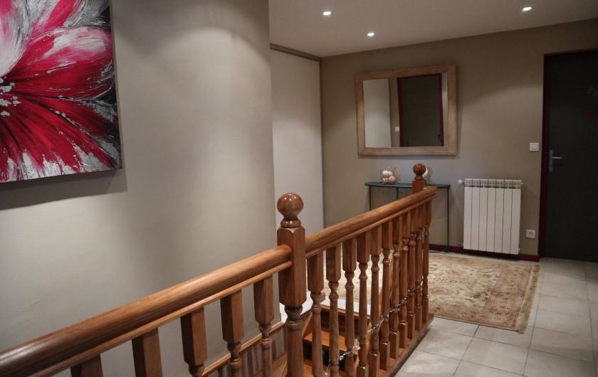 Location de vacances - Appartement à Barretaine - le couloir du haut