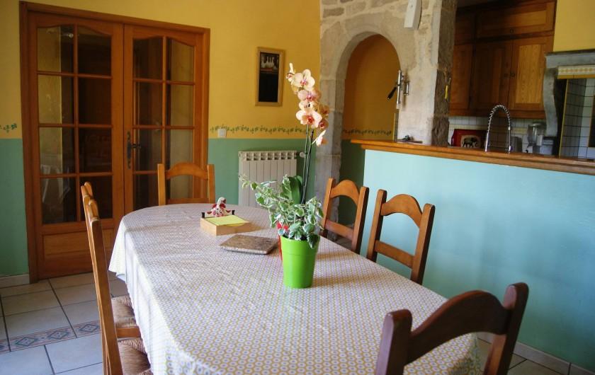 Location de vacances - Appartement à Barretaine - le coin repas