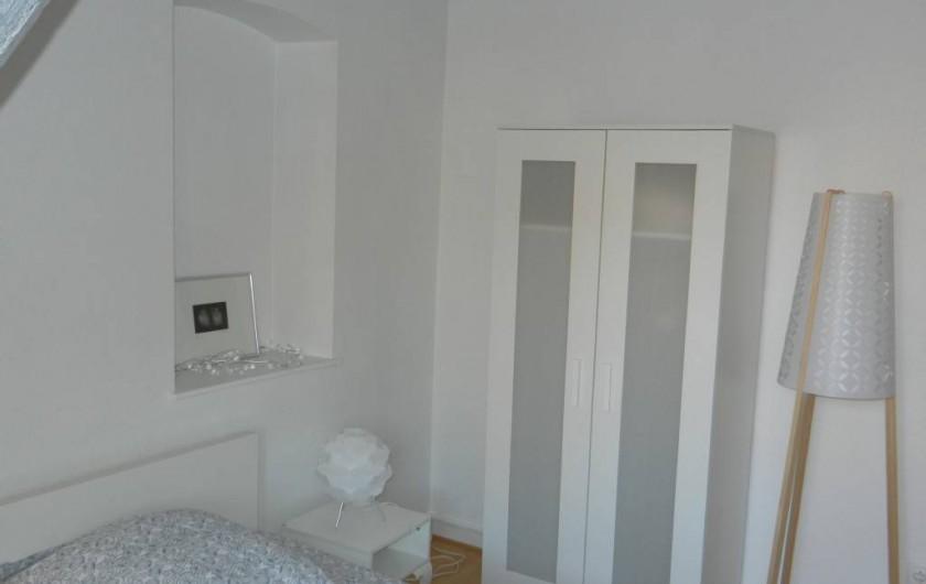 Tel un songe blanc meubl design au coeur de colmar - Appartement de vacances styleshous design ...