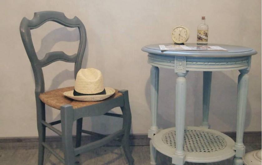 Location de vacances - Chambre d'hôtes à Saint-Saturnin-lès-Avignon - Chambre Angevine