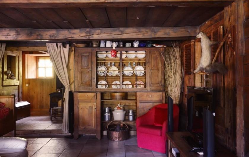 Location de vacances - Chalet à Flumet - Meuble crédence savoyarde