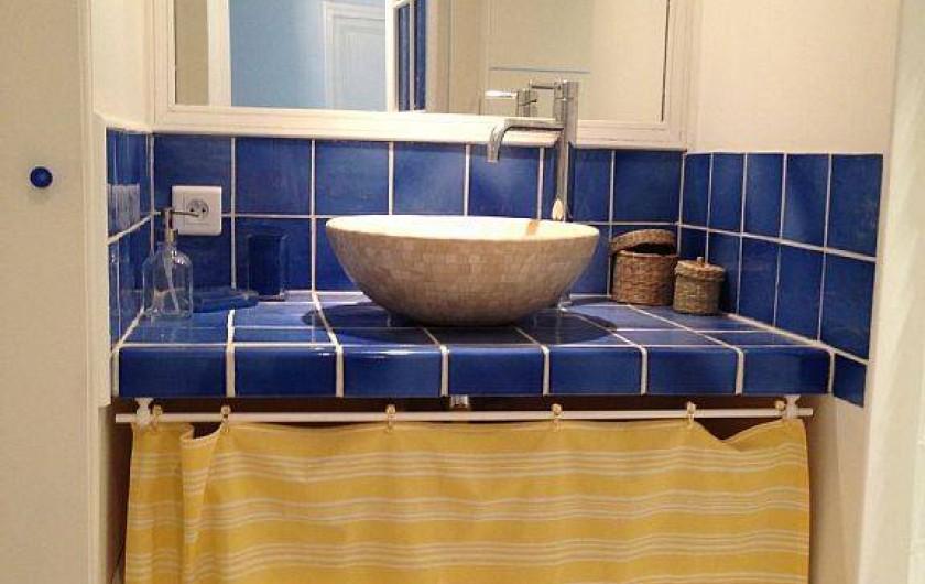 Location de vacances - Mas à Saint-Rémy-de-Provence - Salle de bain