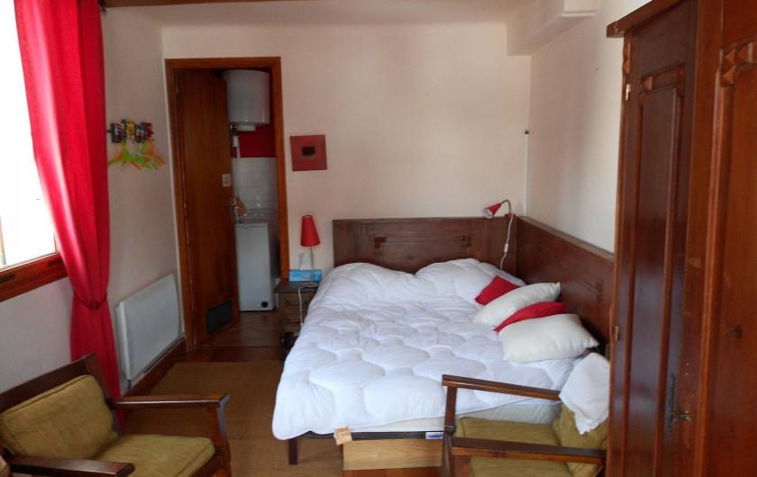 Location de vacances - Chalet à Vars - chambre 4 lit deux places salle de bain douche & wc