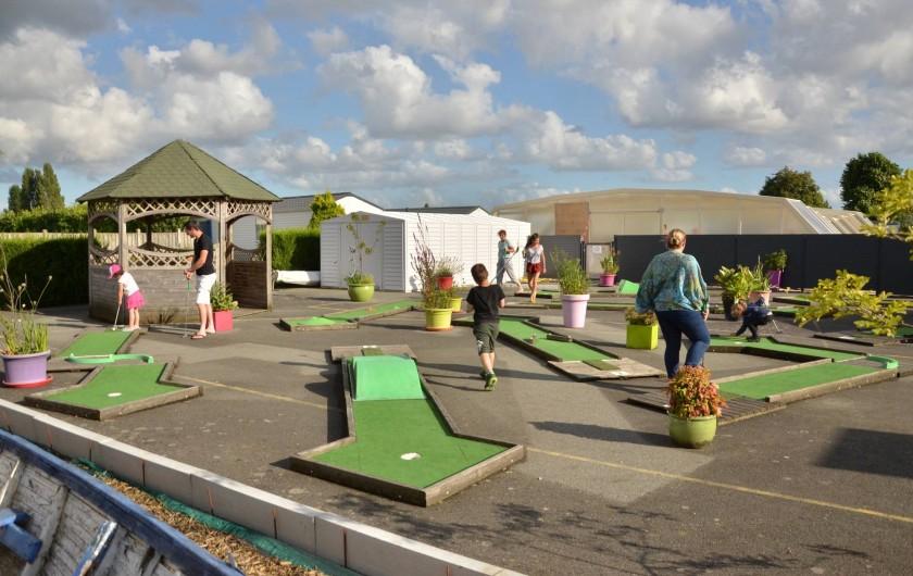 Location de vacances - Bungalow - Mobilhome à Cherrueix - mini golf pour toute la famille St malo