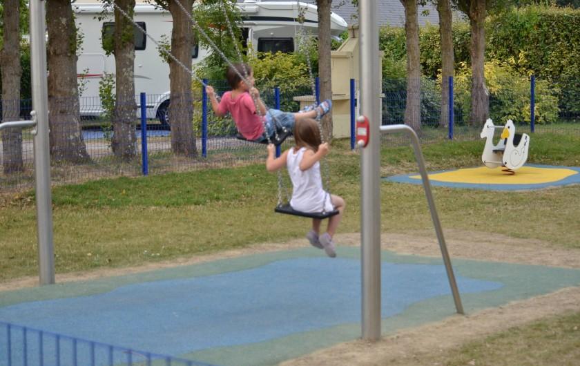 Location de vacances - Bungalow - Mobilhome à Cherrueix - Air de jeux sécurisée pour enfants de 2 à 12 ans