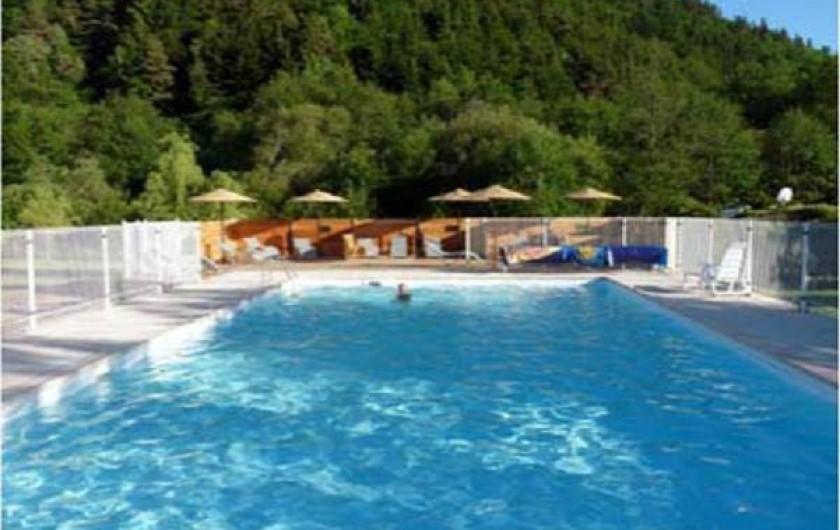 Location de vacances - Camping à Chambon-sur-Lac