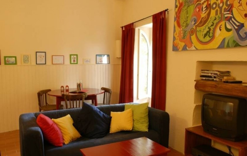 Location de vacances - Gîte à Saint-Félix-de-Pallières - deuxième séjour avec télé, idéal pour les enfants