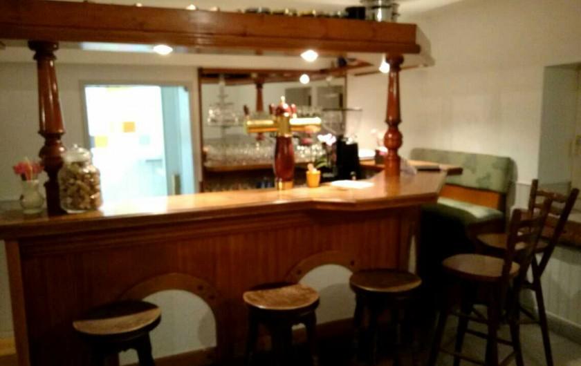 Location de vacances - Hôtel - Auberge à Tendon - Bar convivial pour se retrouver autour d'un apéritif ou un p'tit café !