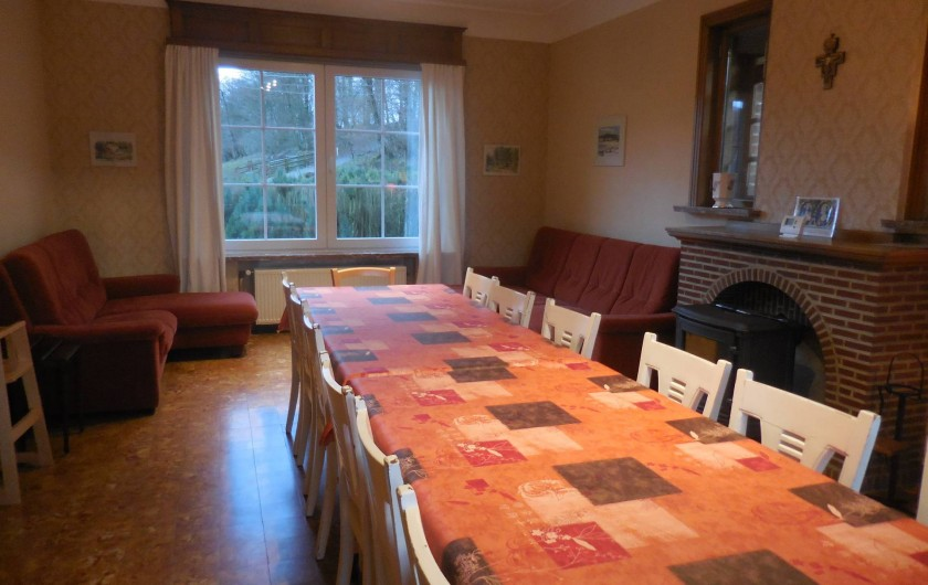 Location de vacances - Gîte à Mettet - Salle à manger