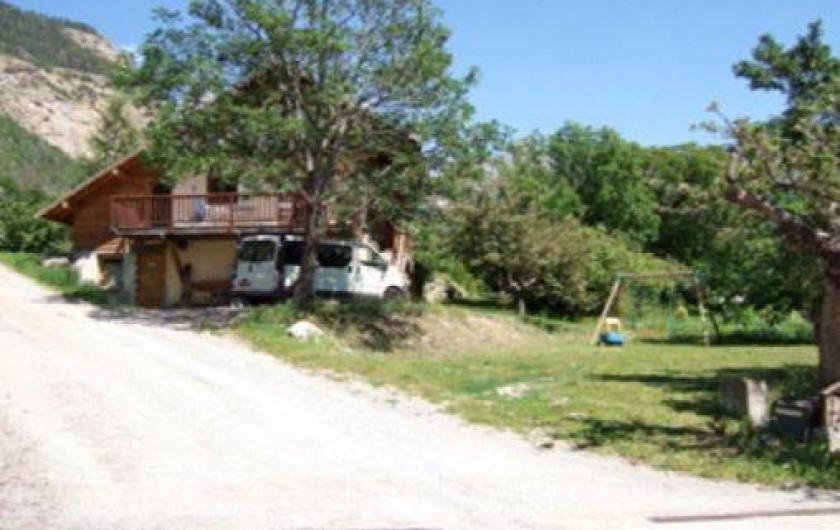 Location de vacances - Chalet à Les Vigneaux - vue générale   versant OUEST