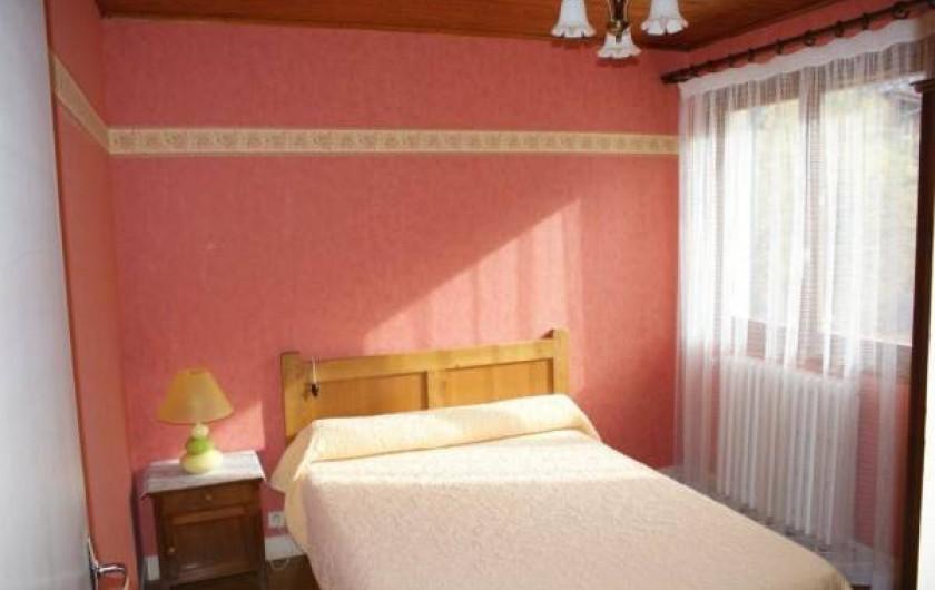 Location de vacances - Appartement à Lanslevillard - Une chambre, lit pour  2 personnes