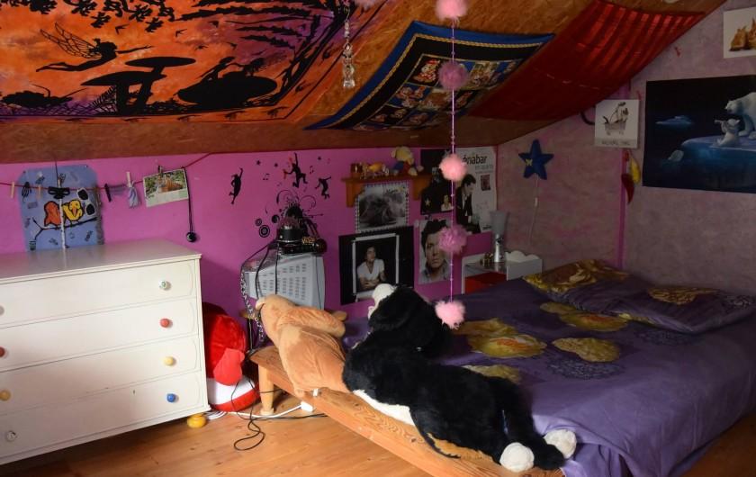 Location de vacances - Villa à Les Vabres - Une chambre avec lit double .