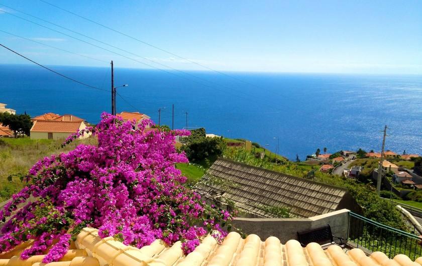 Location de vacances - Villa à Estreito da Calheta - Vue sur l'ocean (chambre Est)