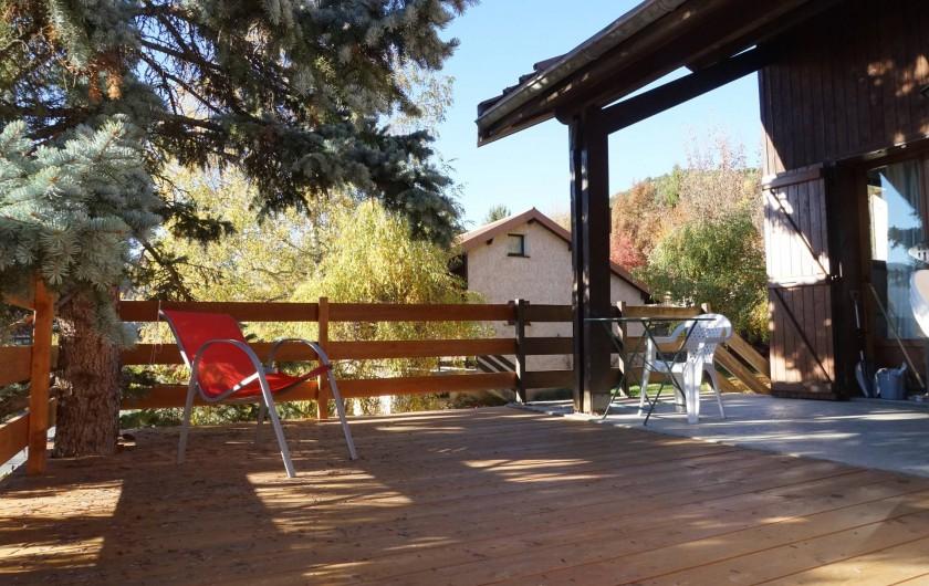 Location de vacances - Chalet à Seyne - Balcon terrasse