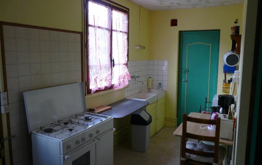 Location de vacances - Maison - Villa à Dun-les-Places - Équipée pour cuisiner au gaz