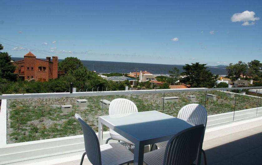 Location de vacances - Appartement à Maldonado - Terrasse du bas attenante au living