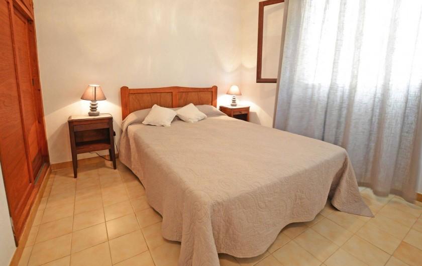 Location de vacances - Villa à Porto-Vecchio - GRANDE CHAMBRE
