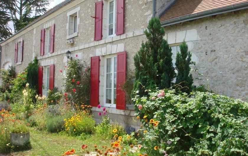 Location de vacances - Chambre d'hôtes à Messas - LE CLOS DE LA VIGNERONNE/FACADE PRINCIPALE