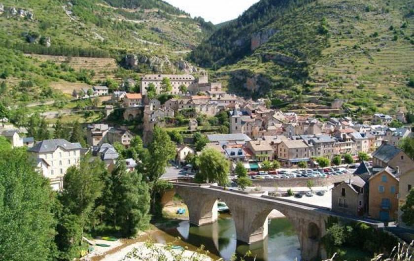 Location de vacances - Camping à Castelbouc - Sainte-Enimie, un des plus beaux villages de France