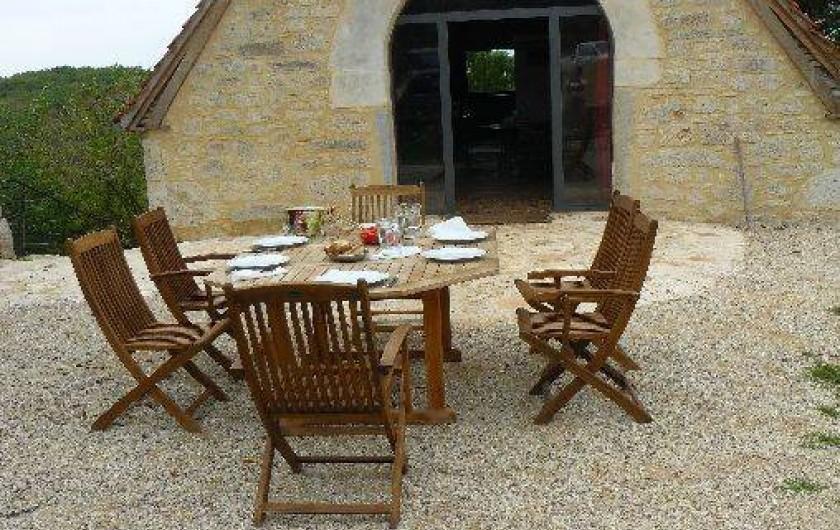 Location de vacances - Gîte à Lentillac-du-Causse - sur le pas de la porte
