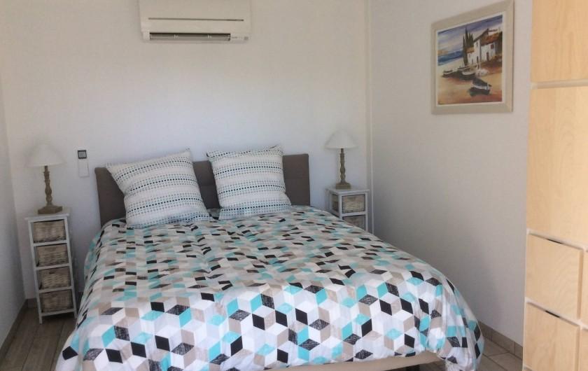 Location de vacances - Appartement à Esparron-de-Verdon - Location N°2   Chambre lit de 160