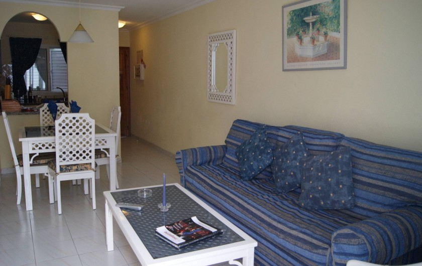 Location de vacances - Appartement à Los Cristianos - Salon , s à manger vers cuisine