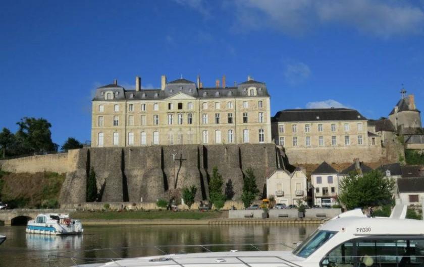 Location de vacances - Péniche à Sablé-sur-Sarthe