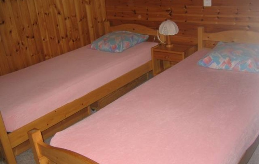 Location de vacances - Chalet à Praz-de-Fort - Chambre 2