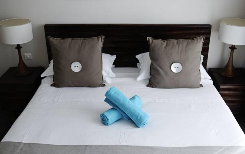 Location de vacances - Appartement à Rivière Noire - Chambre 2 avec lit double.