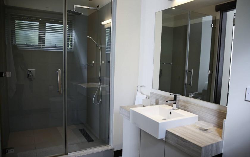 Location de vacances - Appartement à Rivière Noire - Salle de Bain Chambre 3