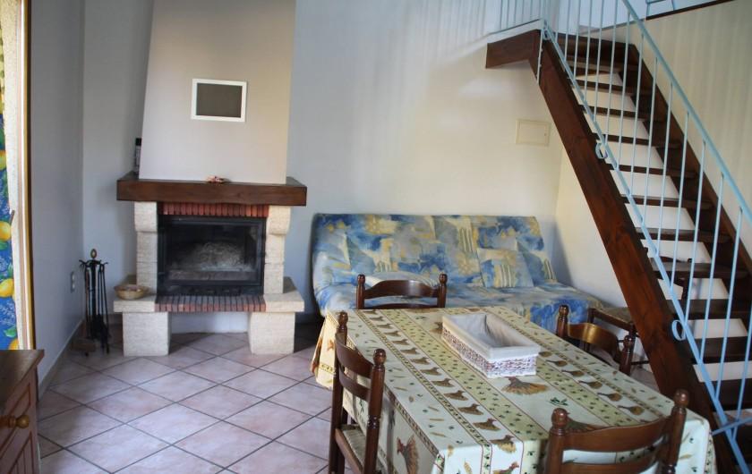 Location de vacances - Gîte à Saint-Victor-de-Malcap - salle de séjour, sallon
