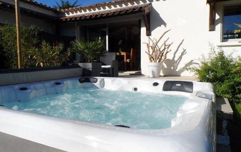Location de vacances - Chambre d'hôtes à Aigues-Mortes - jacuzzi