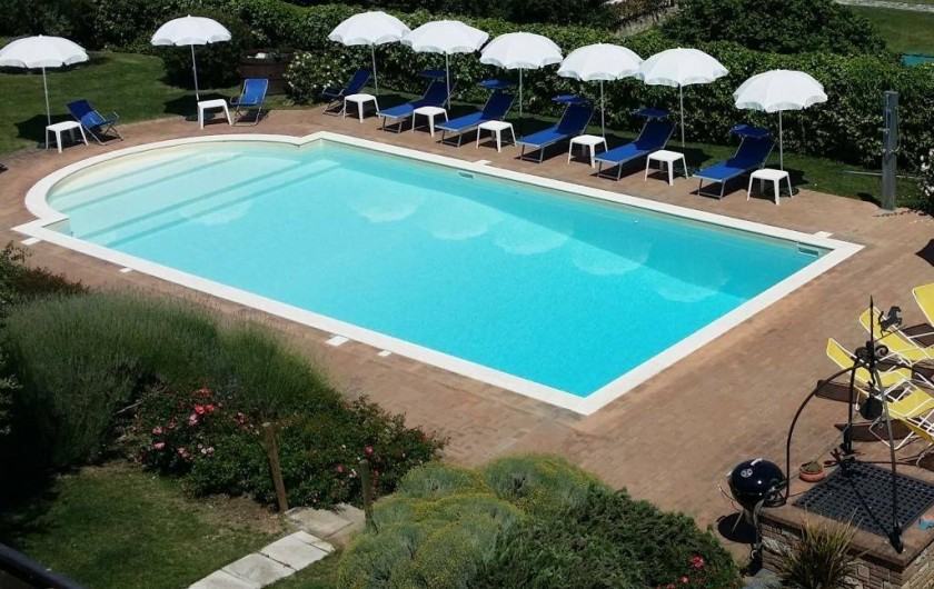 Location de vacances - Villa à San Venanzo - La Piscine
