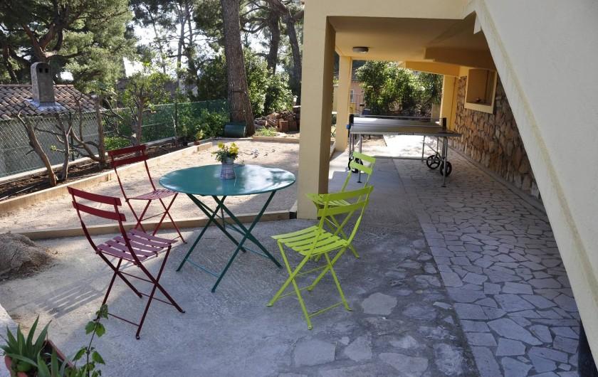 Location de vacances - Villa à Tamaris - Coin détente Rez de jardin exposé au  sud