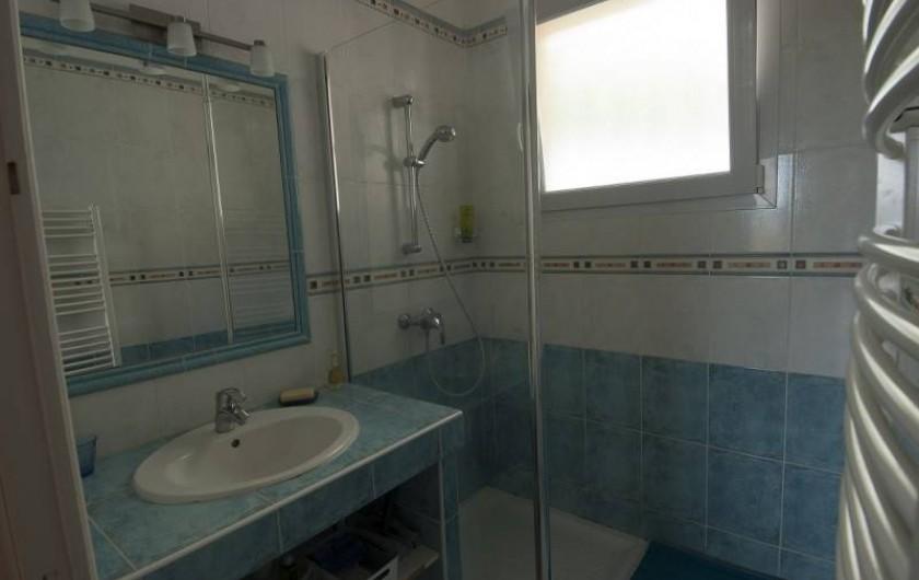 Location de vacances - Villa à Tamaris - Salle de bain avec douche à l'Italienne