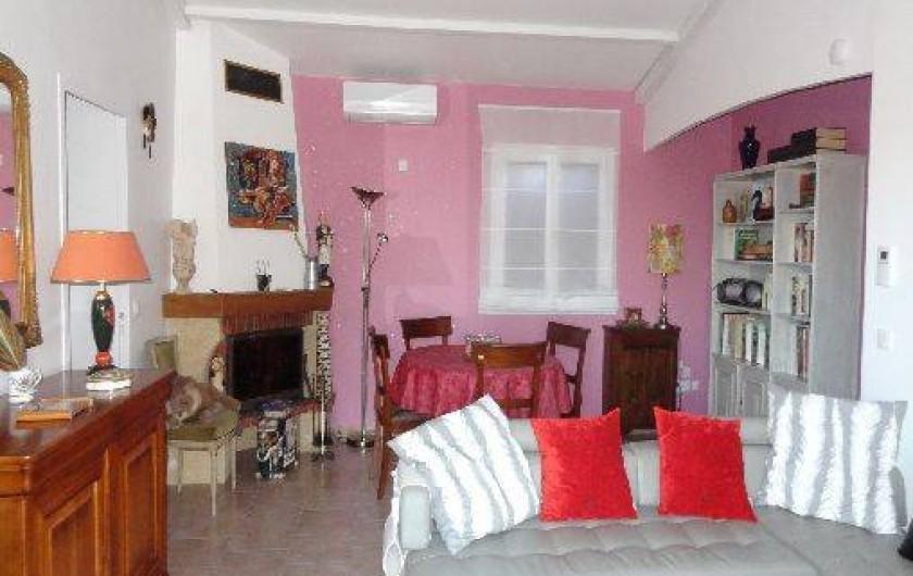 Location de vacances - Villa à Le Muy - SALON