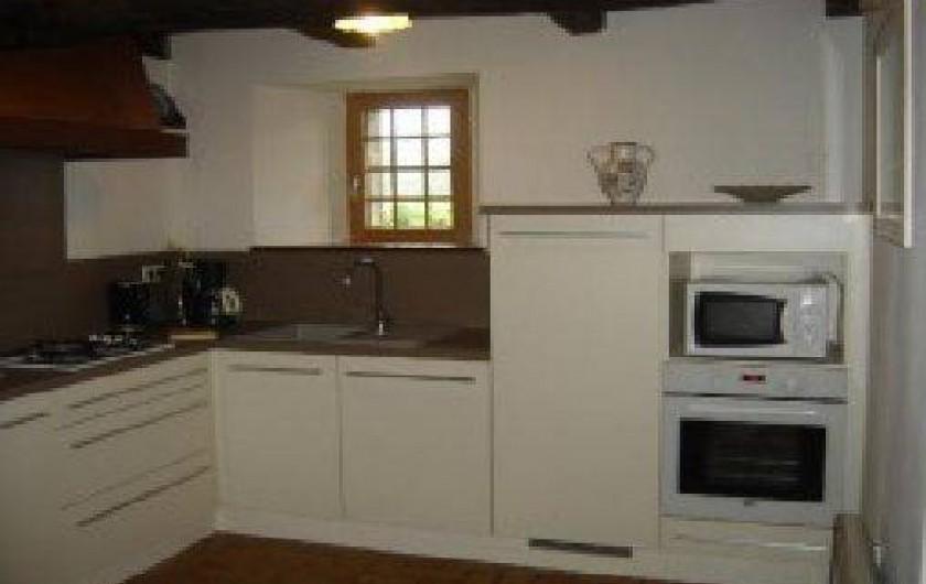 Location de vacances - Gîte à Loc-Eguiner-Saint-Thégonnec - nouvelle cuisine aménagée