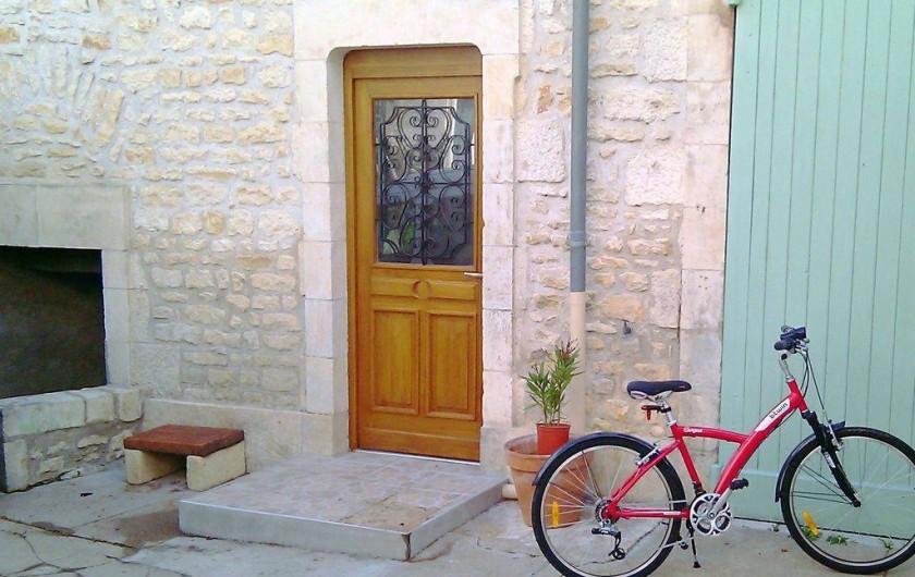 Location de vacances - Appartement à Pouilly-sur-Loire - Porte entrée du gîte