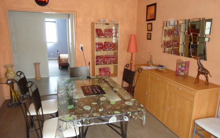 Location de vacances - Appartement à Morez - vue de la salle a manger