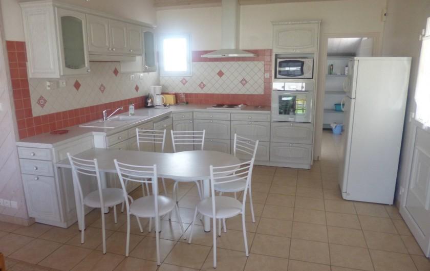 Location de vacances - Villa à Ars-en-Ré - Espace cuisine