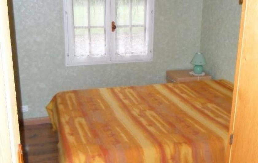Location de vacances - Gîte à Berville-sur-Mer - chambre du rez de chaussée