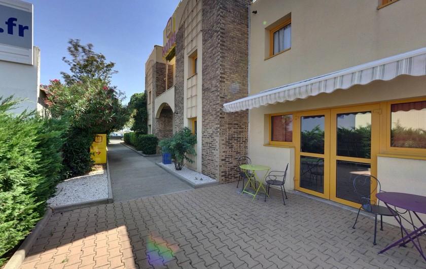 Location de vacances - Hôtel - Auberge à Villeneuve-lès-Béziers - Espace Terrasse